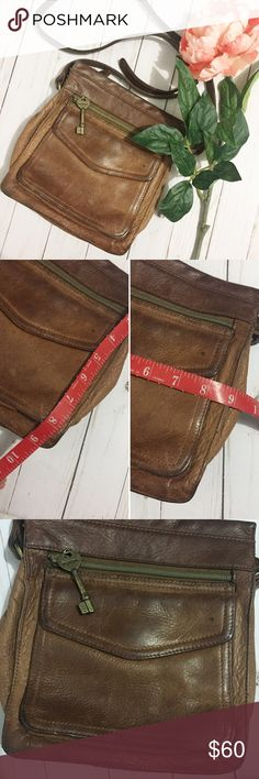 Vintage Fossil Bag This piece has aged with such perfection, the way brown leather does once it's been worn and aged. Lots of its own personal characteristic. Minor Dot on front and small scratch. Both shown in photos above. Open to offers. No trades. Fossil Bags Crossbody Bags