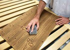 Authentisch, natürlich, rustikal: Altholz-Look fürs Wohnzimmer - Tipps & Tricks - Service & Ratgeber - ADLER Bamboo Cutting Board, Tricks, Wood Facade, Eagle, Rustic, Living Room