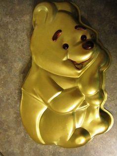 Wilton Walt Disney Winnie the Pooh Bear Cake Baking Pan 515 401