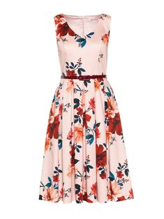 Floral Fashion, Fashion Dresses, Vintage Inspired Dresses, Plum Color, Review Dresses, Occasion Wear, My Wardrobe, Dress Collection, Pretty Dresses