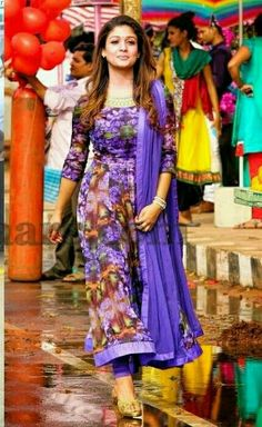 Super i want this Kurta Designs Women, Salwar Designs, Blouse Designs, Indian Dresses, Indian Outfits, Chudidhar Designs, Stylish Dress Designs, Girl Fashion Style, Anarkali Dress