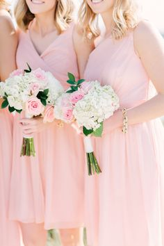 Photography : Love & Light Photographs Read More on SMP: http://www.stylemepretty.com/new-jersey-weddings/bay-head-new-jersey/2016/09/26/this-pastel-yacht-club-wedding-is-a-new-take-on-nautical/