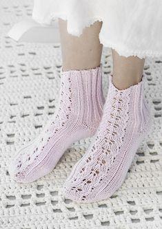 Pitsineulesukat Novita Cotton Bamboo Lace Socks, Wool Socks, Knitting Socks, Baby Knitting, Knit Shoes, Sock Shoes, Crochet Slippers, Knit Crochet, Knitting Quotes