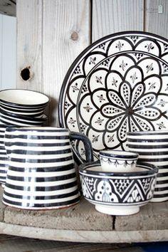Photostyling at Tine K - The Netherlands - modern - dinnerware - amsterdam - Studio Nest I Interior Design & Styling Modern Dinnerware, White Houses, Apartment Design, Ceramic Bowls, Kitchenware, Interior Inspiration, Diy Home Decor, Decorative Plates, Sweet Home