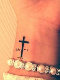 Cross Tattoo On Wrist With Bible Verse Maybe a future tattoo? Cross Tattoo On Wrist, Small Cross Tattoos, Cross Tattoos For Women, Trendy Tattoos, Tattoos For Guys, Wrist Tattoos Girls, Kreutz Tattoo, Palm Tattoos, Hot Tattoos