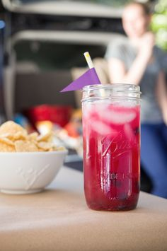 LSU Spiked Blueberry Lemonade Recipe