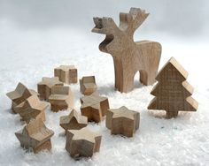 Christmas wooden set. 11 stars, one moose and a tree. Salvaged oak covered by white wax. Perfect toys.. €39,00, via Etsy.