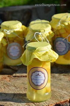 Cukinia ananasowa (Ananas z cukinii, Cukinia ala ananas) Jam And Jelly, Romanian Food, Polish Recipes, Ketchup, Superfood, Preserves, Pickles, Food And Drink, Treats