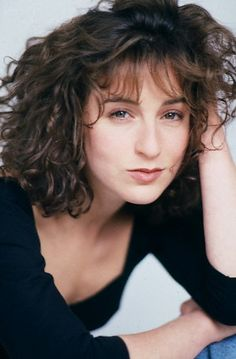 Jennifer Grey, Linda Evans Dynasty, 80s Hair, Let Your Hair Down, Dirty Dancing, Feathered Hairstyles, Grunge Hair, Up Girl, Madame