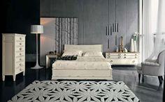 Idee per le pareti della camera da letto - Camera con pareti grigie e arredo bianco