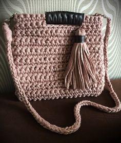 Handmade crochetbag by Annica