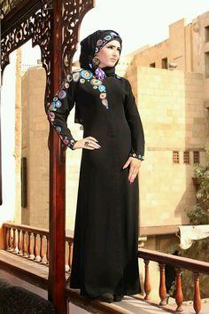 Absolutely stunning abaya from Samar Style....
