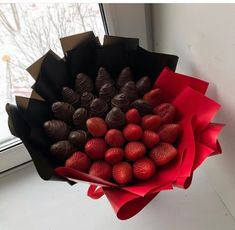 Food Bouquet, Candy Bouquet, Vegetable Bouquet, Chocolate Gifts, Chocolate Art, Chocolate Flowers Bouquet, Edible Bouquets, Flower Box Gift, Gift Wraping