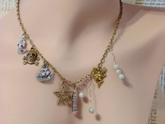 Peter Pan Charm Necklace Peter Pan Jewelry Fairy by fripparie #necklace #peterpan #neverland