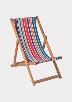 Selsey Deckchair // It kills me how easy it would be to make this if I just had space & tools.