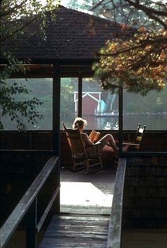 How to relax after a chaotic day: olivia-savannah.b - How To Hygge - Ideas of How To Hygge - How to relax after a chaotic day: olivia-savannah. Outdoor Spaces, Outdoor Living, Haus Am See, Relax, Lake Life, Plein Air, My Happy Place, Porches, The Great Outdoors