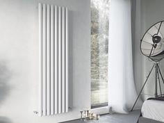 vertikale Röhrenheizkörper 150 x ab 21 cm ab 570 Watt  Heizleistung bei bei 75/65/20°C Farbe weiß Höhe 350 - 2000 mm Breite 210 - 1410 mm Rohrdurchmesser 60/50 mm Mittelanschluß gegen Mehrpreis vertikale Röhrenheizkörper 150 x ab 21 cm ab 570 Watt weiß