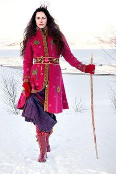 Modern Scandinavian folk art by Gudrun Sjödén