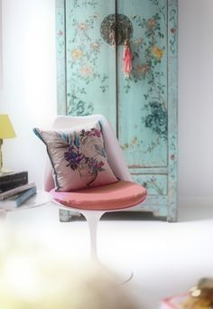 A fresh take on Asian-inspired decor. #Chinoiserie, #Asian, #interiors