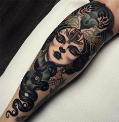 Emily Rose Murray Tattoos Have Sophistication & Elegance Of Another Era Tattoo Life, Et Tattoo, Piercing Tattoo, Kunst Tattoos, Body Art Tattoos, Sleeve Tattoos, Cool Tattoos, Emily Rose, Tattoos Arm Mann