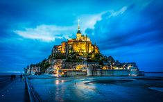 Le Mont St Michel, Beautiful World, Scenery, Fantasy, Paris, Mansions, Landscape, Cityscapes, House Styles