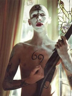 Holy Wood imagery - The Marilyn Manson Wiki Marilyn Manson Tattoo, Marilyn Monroe, Rock Bands, Legend Music, Valley Of Death, Charles Manson, Nu Metal, The Villain, Triptych