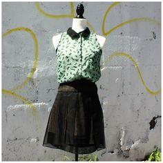 Blouse sans manches Glam Dollz (M) | Mlle Frivole Waist Skirt, High Waisted Skirt, Ballet Skirt, Boutique, Skirts, Fashion, Sleeves, Moda, Skirt