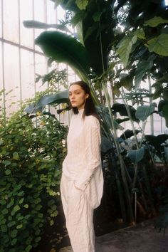 In the conservatory of jardin du Princes, Paris, photographer Theresa Marx creates a series of hauntingly beautiful, dreamy images in which model Leoni Hoeller is disconnected from the world around…