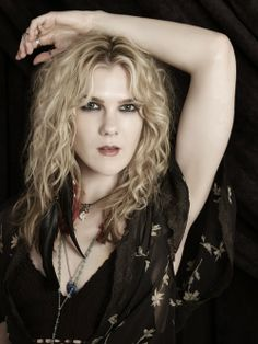 """American Horror Story: Coven """"...will use 8 Stevie Nicks songs this season"""" In honor of Misty Day? :)"""