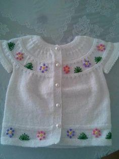 Examples of Knitting Decoration Art Fatma Konbal Baby Knitting Patterns, Baby Cardigan Knitting Pattern, Vest Pattern, Knitting For Kids, Knitting Socks, Baby Patterns, Hand Knitting, Crochet Baby Booties, Knit Crochet