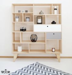 Scandinavian design by polish brand. Meet our bookcase APEX with colored drawers / Project and execution by Wood Republic / #design #interior #scandi #scandinavian #wood #wooden #plywood #furniture #modern #natural #minimalist #white #grey #vintage #bookcase #drawer #drawers #colored #bureau #chestofdrawers #cabinet #loft #interior