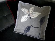 Check out this item in my Etsy shop https://www.etsy.com/listing/244025376/lily-marlene-decorative-pillow-merino