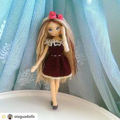 Repost from @otzguadolls:#amigurumi #weamiguru #crochet #crochetdoll #10marifet #elemeğigöznuru #gurumigram #amigurumiaddict #craft #amigurumis #puppe #handarbeit #crochetaddict #knittingwithlove #mutlulukyakalanir #hanimelindenamigurumi #häkeln #haken #forkids #crochetaddict #crocheting #crochetart #örgüseverler #hekledilla#sagliklioyuncak #uncinetto #crochetpattern by villy_vanilly_shop