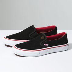 Vans x Spitfire Slip-On Pro (1.180 ARS) via Polyvore featuring men's fashion, men's shoes, men's sneakers, red, mens red sneakers, mens slip on shoes, mens slip on sneakers, mens slipon shoes y mens red shoes