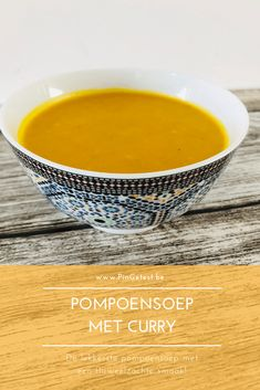 Pompoensoep maken met curry | Pittig, romig en simpel recept | PinGetest Curry Recipes, Soup Recipes, Healthy Recipes, Healthy Food, Recipies, Thermomix Soup, Health 2020, Happy Foods, Pumpkin Soup