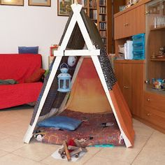DIY tent... Clearly i cant read this, but like the reinforcement A frame.