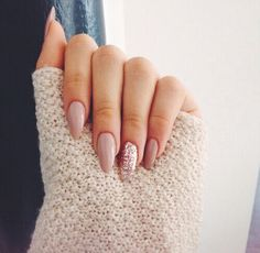 A manicure is a cosmetic elegance therapy for the finger nails and hands. A manicure could deal with just the hands, just the nails, or Cute Nails, Pretty Nails, My Nails, Fall Nails, Spring Nails, Gorgeous Nails, Nails For Autumn, Summer Holiday Nails, Accent Nails