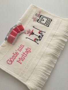 Baby Knitting Patterns, Cross Stitch Embroidery, Towel, Fitness Inspiration, Dish Towels, Craft, Towels, Punto De Cruz, Dots