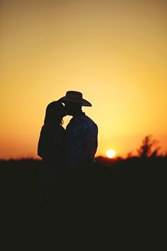 Engagement Photography Ideas ~ C's the Day Photography