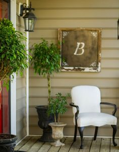 Down to Earth Style: Indoor Accents on the Outdoor Porch