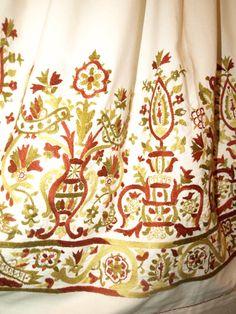 Folk Costume, Costumes, Greek Traditional Dress, Cross Stitch Embroidery, Arts And Crafts, Olympus, Wedding Dresses, Crochet, Digital Camera