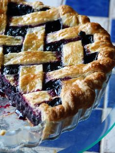 #RECETAS_en_ESPAÑOL / Blueberry Pie {Tarta de Arándanos} | Pemberley Cup & Cakes / RECETA http://pemberleycupandcakes.com/2014/01/23/blueberry-pie-tarta-de-arandanos/