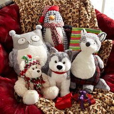 Plush animals are like a hug you can gift-wrap. #Christmas