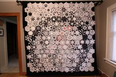 Lots of examples of One Block Wonder quilts. Quilting Projects, Quilting Designs, Quilting Ideas, Star Quilts, Quilt Blocks, Hexagon Quilt, Hexagons, One Block Wonder, Snowman Quilt