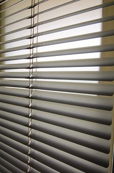 When it comes to creating a chic, uncluttered look for windows, Venetian blinds take top billing.