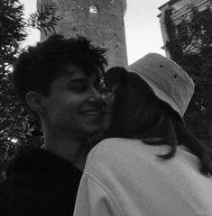 Cute Couples Photos, Cute Couple Pictures, Cute Couples Goals, Couple Goals, Couple Photos, Romantic Couples, Wanting A Boyfriend, Boyfriend Goals, Future Boyfriend