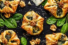 Made with plant based butter Nuttelex. These tasty spinach parcels are easy to make and super simple to sub with different ingredients to suit all dietary requirements. Serve with yoghurt, chutney and mixed baby salad leaves drizzled with balsamic glaze. Spinach Puff, Spinach And Cheese, Blue Cheese, Feta, Puff Pastry Recipes, Vegetable Pizza, Food And Drink, Appetizers, Tasty