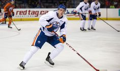 Setting Realistic Expectations for Connor McDavid - TSS  Strange as it sounds, no Edmonton Oiler has ever won the Calder Trophy. None of the all-time greats that were hoisting multiple Stanley Cups in the 1980s, nor any of the multitude of No. 1 overall draft picks they've had in the 2000s. It's one of the hockey's more unbelievable facts, but it's true.....