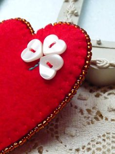 - valentine's day - Red Heart Shape Felt Brooch With Four Leaf Clover… Heart Button, Button Art, Button Crafts, Valentine Crafts, Be My Valentine, I Love Heart, Heart Crafts, Felt Brooch, Felt Hearts