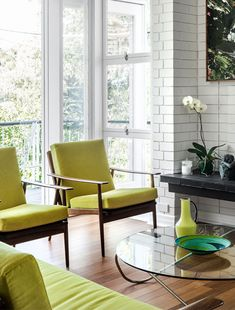 Fresh interiors in the St Lucia House by Lucy Jeffries in Brisbane.